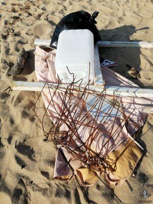 Praia da Luz - lixo ferro