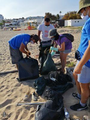 Praia da Luz - lixo sacos